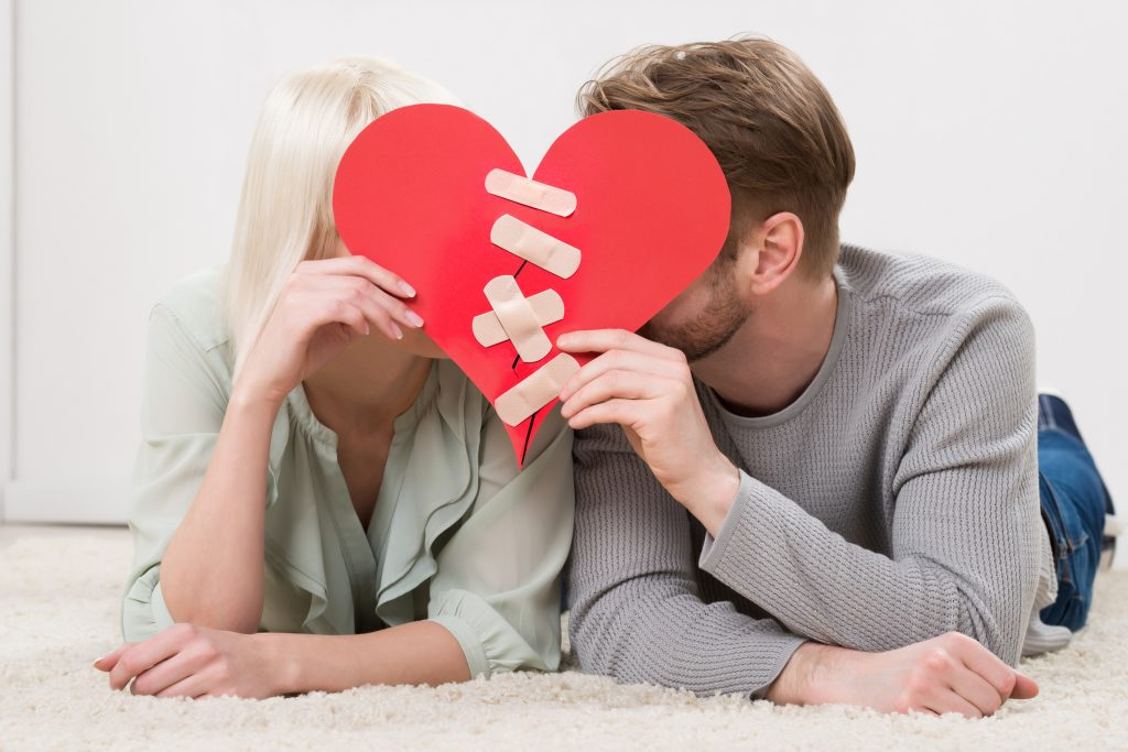 Here's How to Fix a Relationship After Being Needy