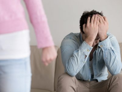 What To Say When Your Girlfriend Breaks Up With You (Save Your Relationship)